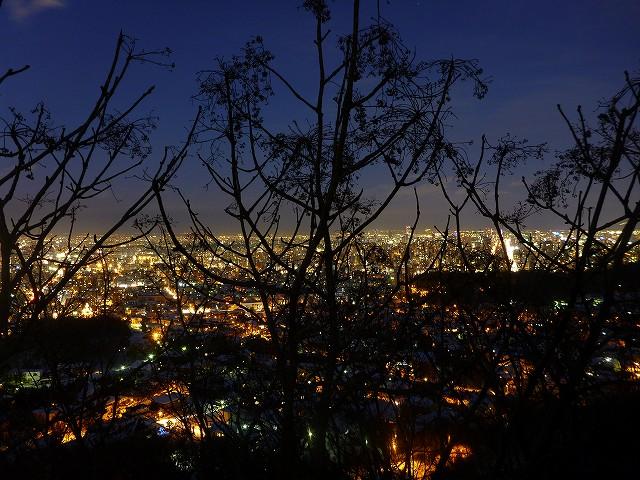 夜景散歩_c0048117_11413189.jpg