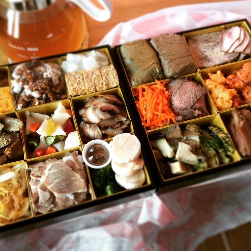 『中華料理伊部』さんのおせち_e0131432_15251467.jpg