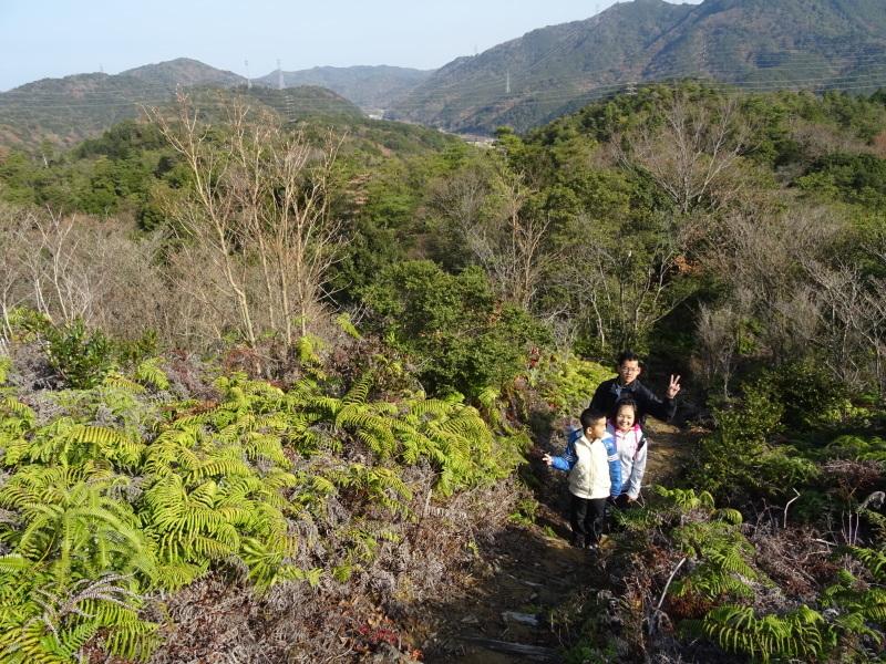 孝子の森へ孫たちと行ってきました_c0108460_19510034.jpg