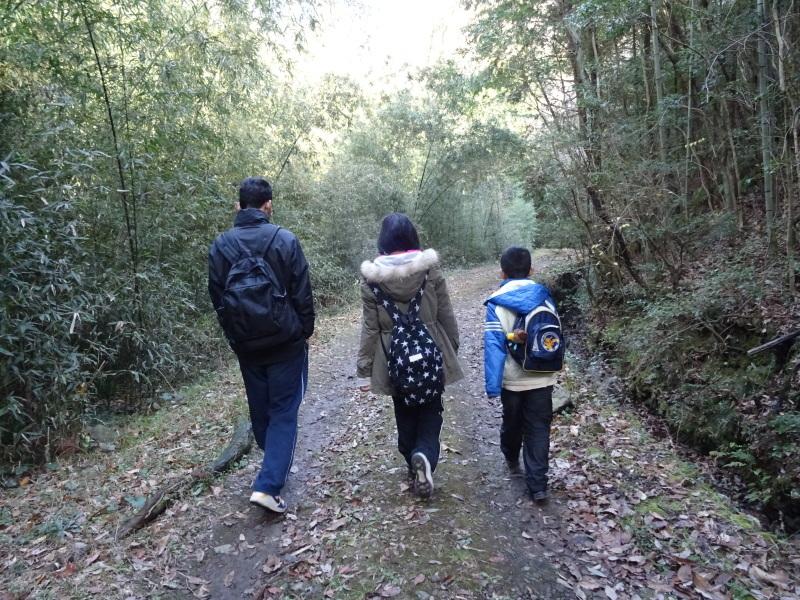 孝子の森へ孫たちと行ってきました_c0108460_20051687.jpg