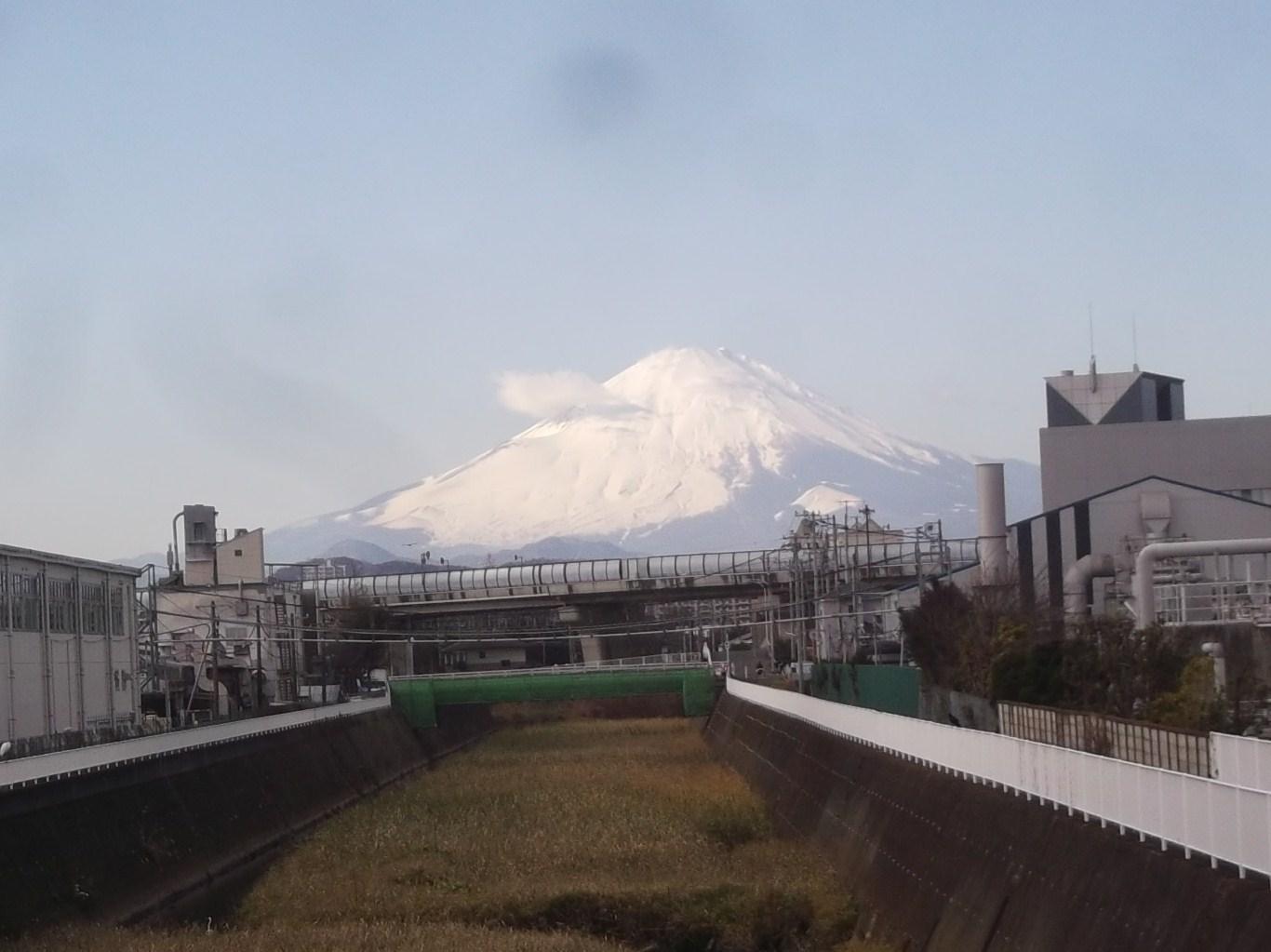 箱根駅伝3区(戸塚~平塚)で応援!_b0137932_14102039.jpg
