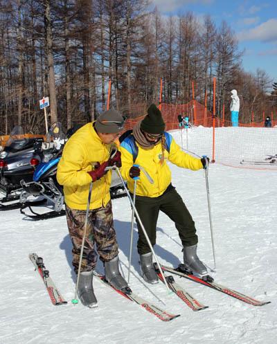 エレーナ、スキーをやってみた…_f0145483_21201274.jpg