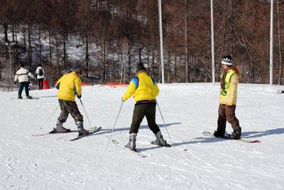 エレーナ、スキーをやってみた…_f0145483_21282836.jpg