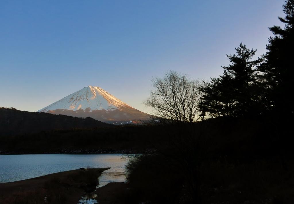 暮れゆく富士山_b0083801_23374523.jpg