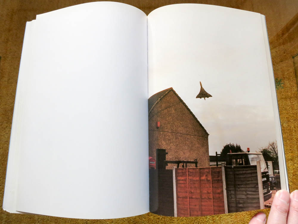 Wolfgang Tillmans 「Concorde」_c0016177_150120.jpg