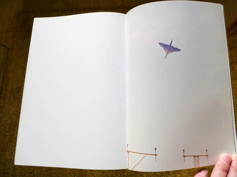 Wolfgang Tillmans 「Concorde」_c0016177_1501450.jpg