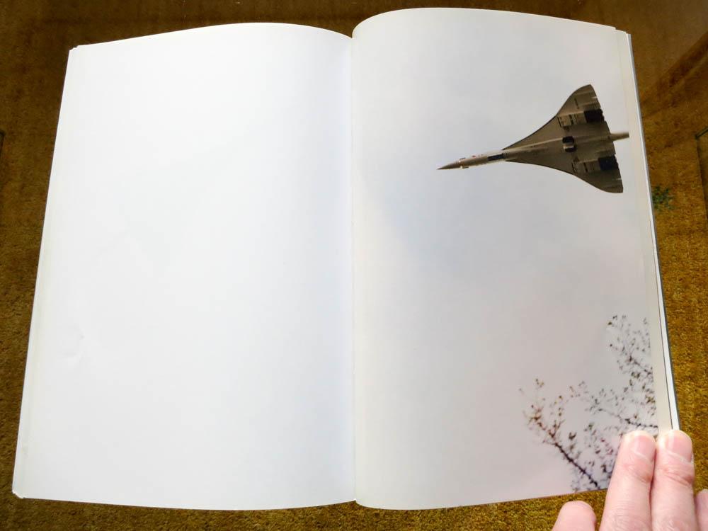 Wolfgang Tillmans 「Concorde」_c0016177_15082.jpg