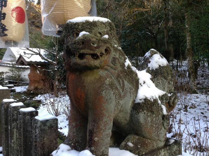 湯布院の宇奈岐日女神社_f0183846_22572959.jpg