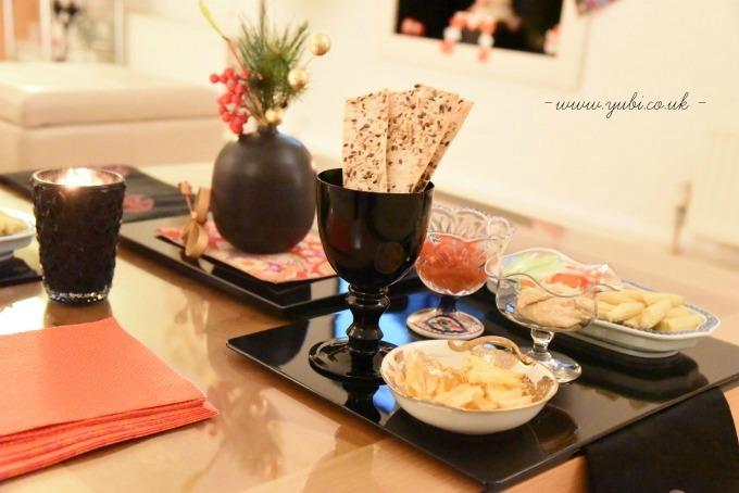 新年ですが。。。大晦日のパーティーのテーブルです(^^;)_b0313387_06233157.jpg