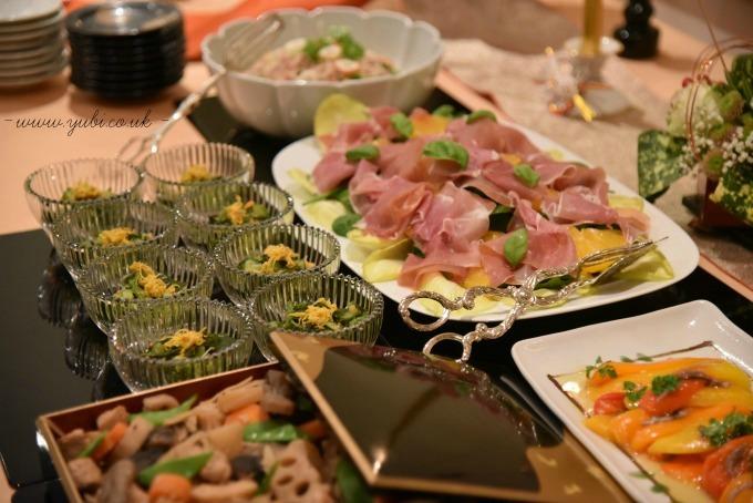 新年ですが。。。大晦日のパーティーのテーブルです(^^;)_b0313387_06350654.jpg