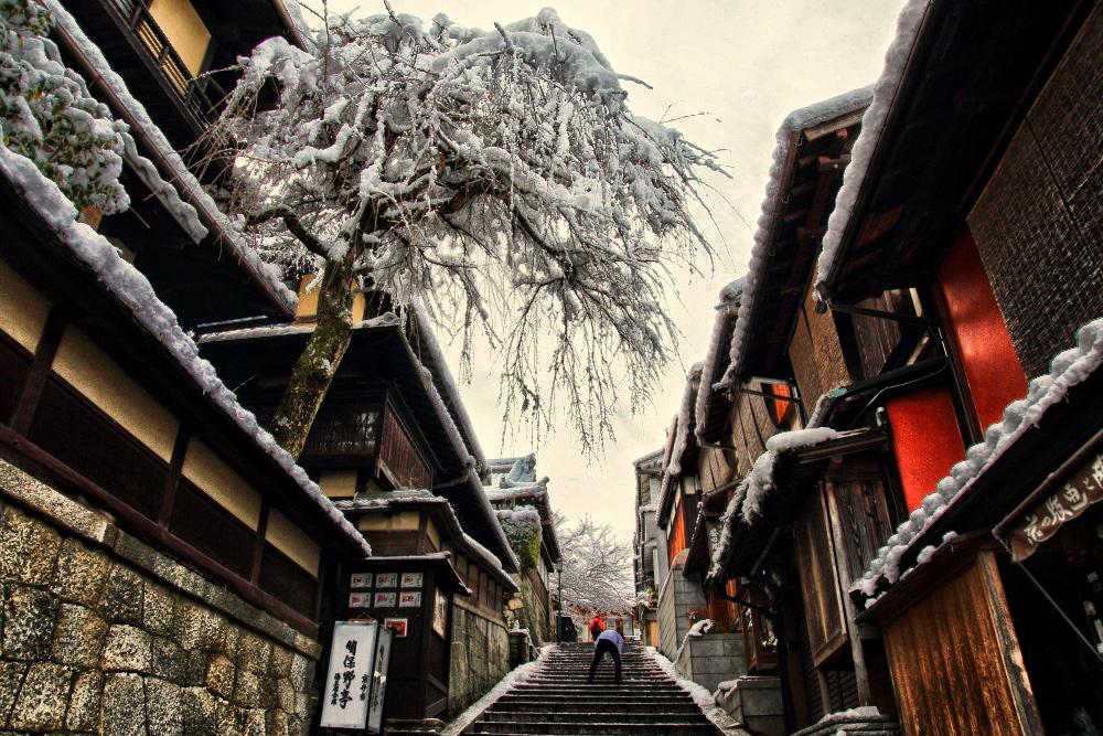 雪景色 京都  <東山>_f0021869_2219949.jpg