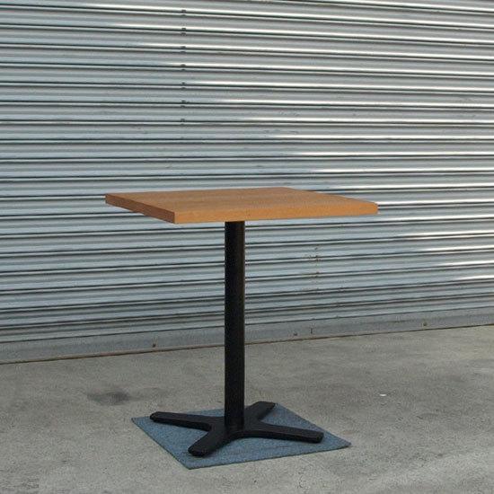 ブラックチェリー、カフェテーブル_e0115686_17242914.jpg
