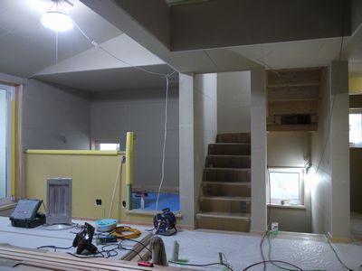 中区のY様邸。現場進捗状況。_b0131012_22291813.jpg