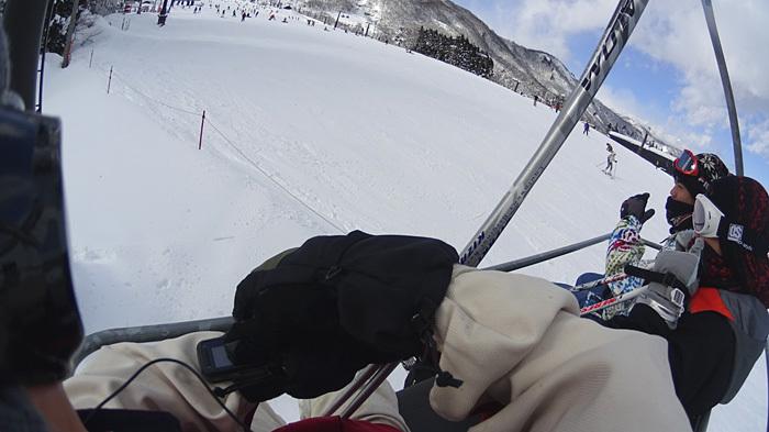 全員で滑って転んで泣いて笑った雪遊び 1日目_c0120834_08424950.jpg