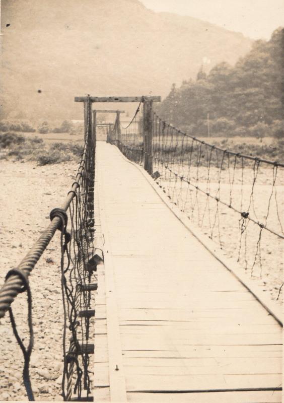 遠野不思議 第八百四十二話「松崎の吊橋」_f0075075_17261312.jpg