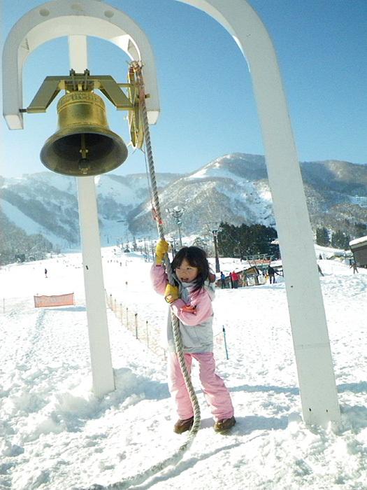 全員で滑って転んで泣いて笑った雪遊び 3日目_c0120834_08582723.jpg
