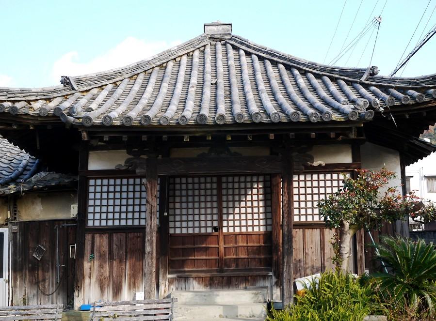 郊外のお寺_b0093754_16481289.jpg