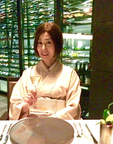 Hotel「アマン東京」でニューイャーディナーを頂きます♪♪♪新春の装いはお着物で!_a0138976_2046425.jpg