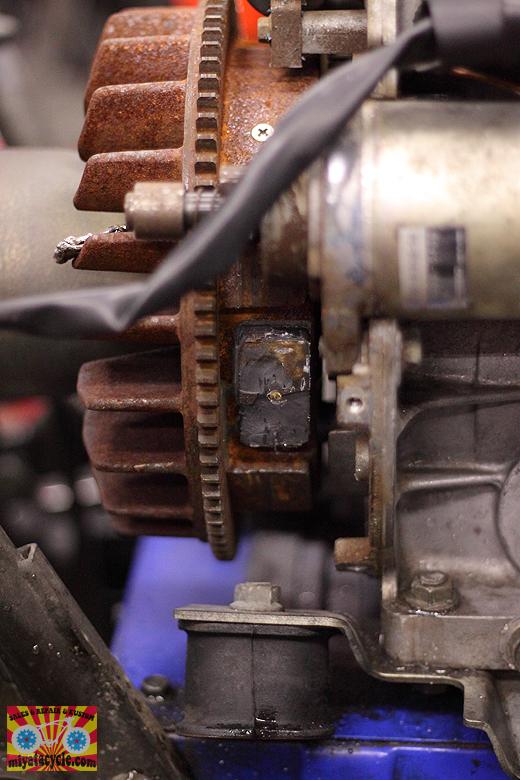 YSM870 ガバナ不良と、エンジン急停止 修理_e0126901_13543611.jpg