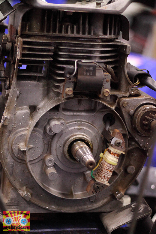 YSM870 ガバナ不良と、エンジン急停止 修理_e0126901_14012314.jpg