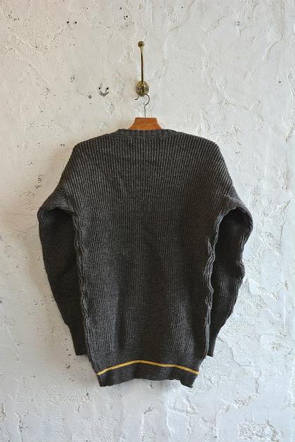 Swedish navy 40\'s v-neck knit dead stock_f0226051_15284714.jpg