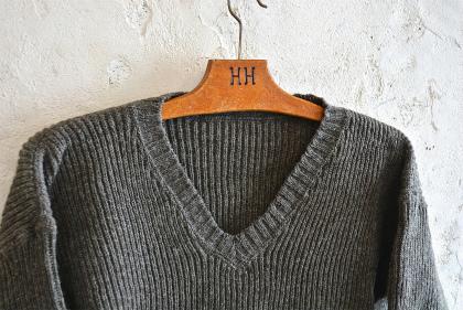 Swedish navy 40\'s v-neck knit dead stock_f0226051_152987.jpg