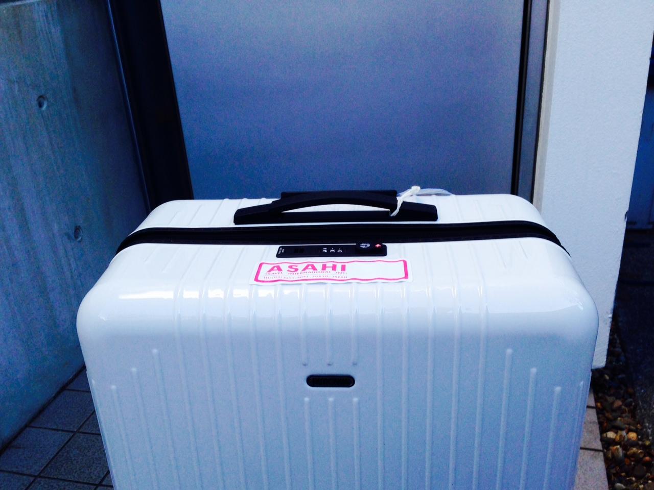 1月10日 スーツケース_a0317236_9965.jpg