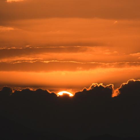 休日の朝早く日の出と...。_f0099102_1593012.jpg