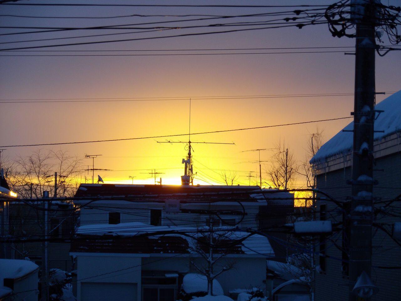 日の出の瞬間だけの太陽観察_c0025115_19595006.jpg