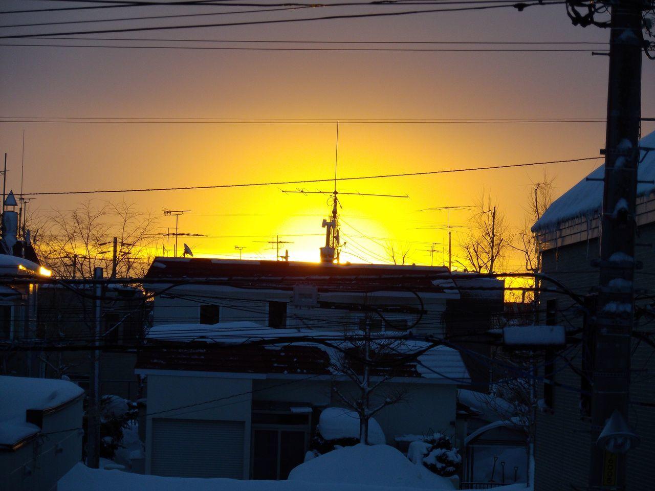 日の出の瞬間だけの太陽観察_c0025115_20015943.jpg