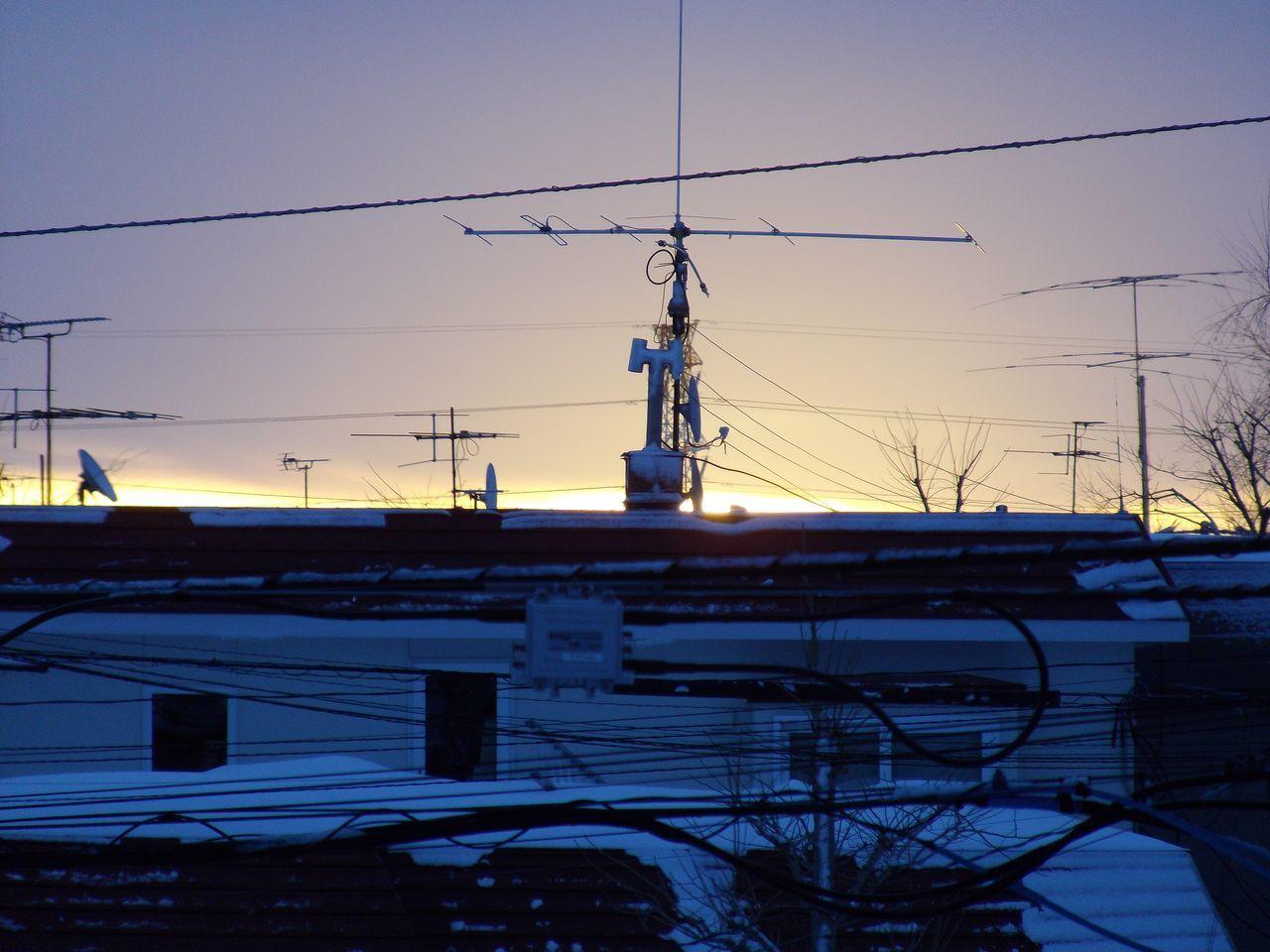 日の出の瞬間だけの太陽観察_c0025115_20043246.jpg