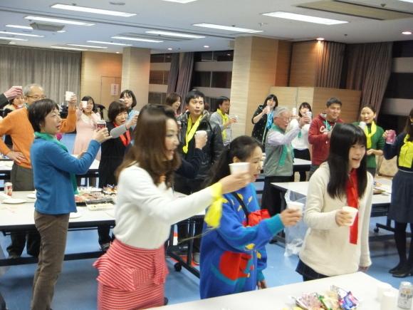 水曜よる教室の新年会_e0175020_19580788.jpg
