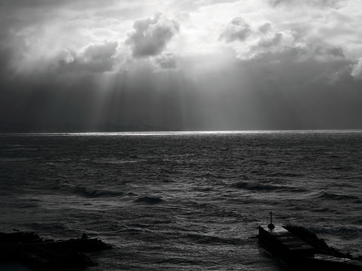 冬の日本海の光_e0169421_2252756.jpg