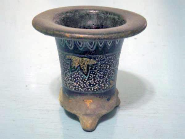 楽焼鉢の贋作や繕い鉢                No.1464_d0103457_0442444.jpg