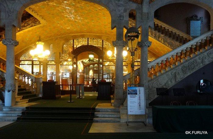 スペイン旅行記 20  バルセロナのモデルニスモ建築_a0092659_1729589.jpg