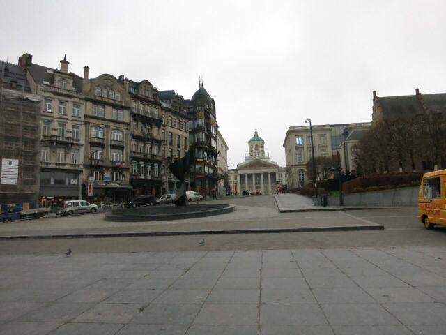 ブリュッセル市街、王宮など_e0233674_11542095.jpg