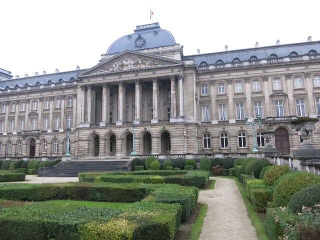 ブリュッセル市街、王宮など_e0233674_11542319.jpg