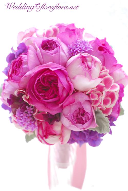 振り袖晴れ姿、華がいっぱい!成人式の月曜日 イブピアチェバラの香りのラウンドブーケ_a0115684_20565850.jpg
