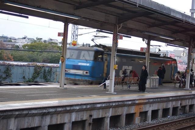 山陽本線を走る貨物列車「桃太郎」、貨物列車・桃太郎の写真_d0181492_15584182.jpg