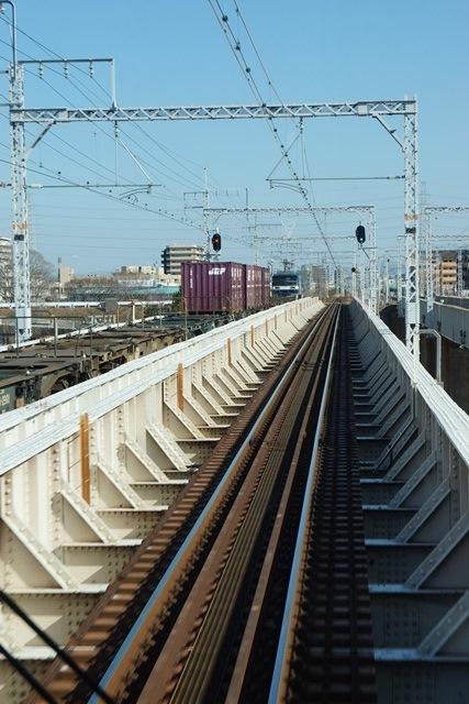 姫路駅にて鉄路の美しさにびっくり、貨物列車とその鉄路_d0181492_16525.jpg