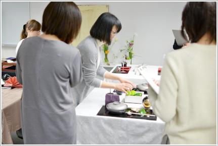 和風モダンな花あしらいのテーブル ~ブラッシュアップクラス_d0217944_22125930.png