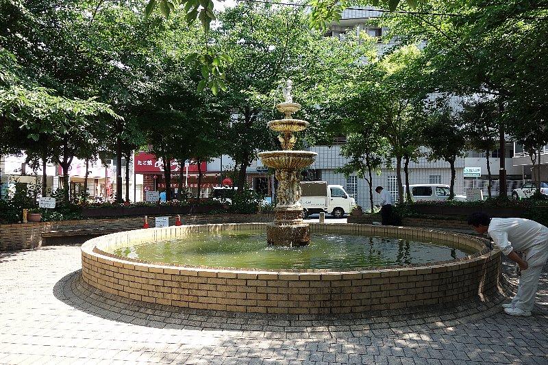 千里丘の住宅街を歩く_c0112559_8403351.jpg