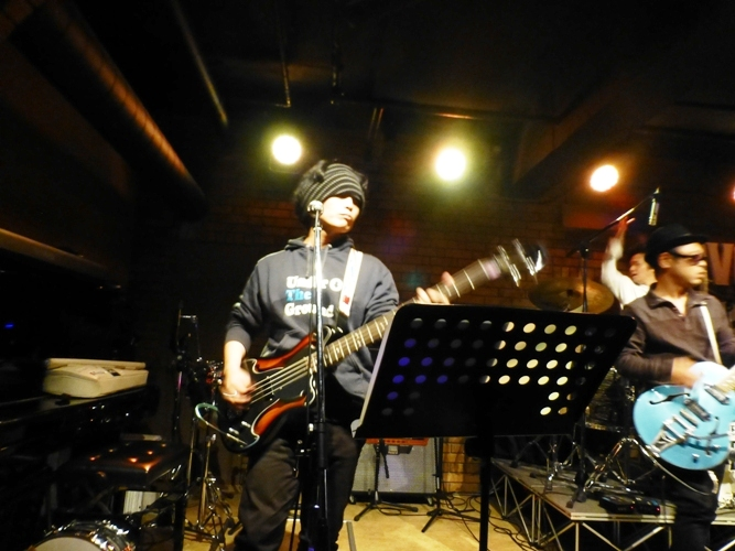 2014年のカラフル年末2デイズライブ、初日のライブレポ♪_e0188087_21493278.jpg