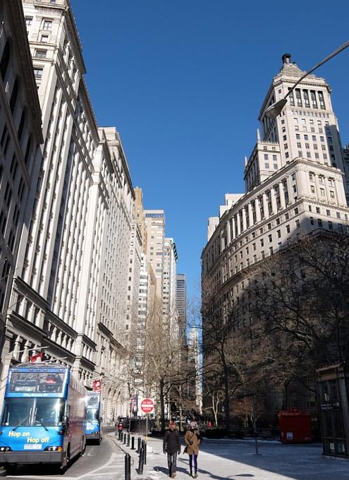 ロウアー・マンハッタンの歴史ある街並み_b0007805_1114573.jpg