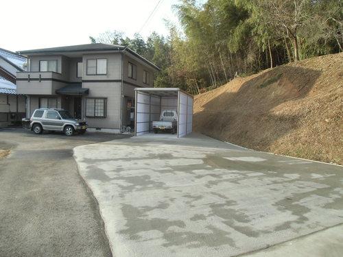M様邸(東広島市)カーポート・土間工事_d0125228_822475.jpg
