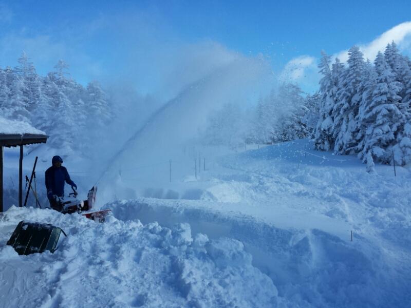 雪かき_e0155231_20282947.jpg
