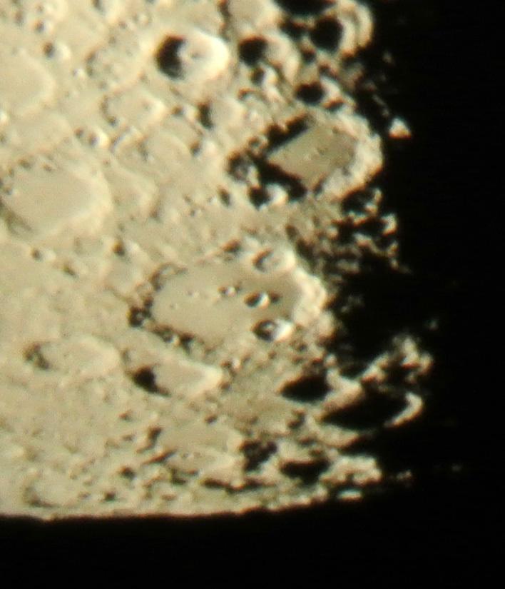 2015年1月13日、未明の月からクラヴィウスクレーター&直線壁_e0089232_08400149.jpg