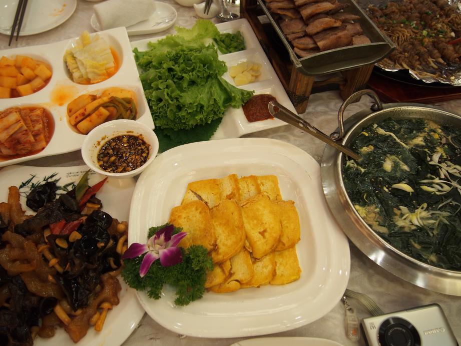 丹東で唯一ショーを撮影できる北朝鮮レストラン「柳京酒店」_b0235153_10165931.jpg