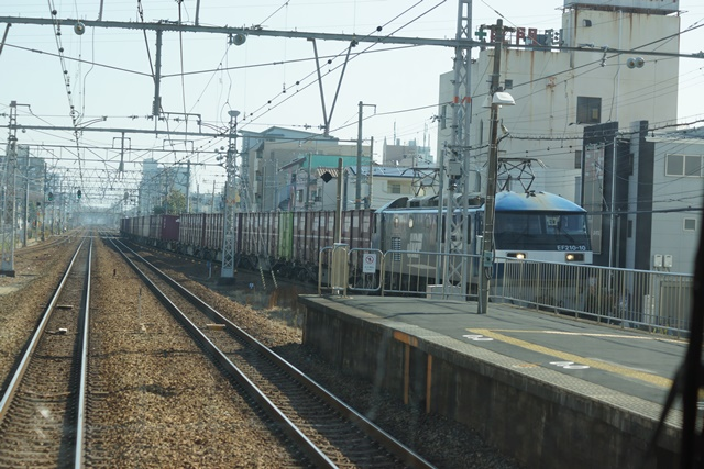 激写!!貨物列車「桃太郎」の写真_d0181492_12511186.jpg