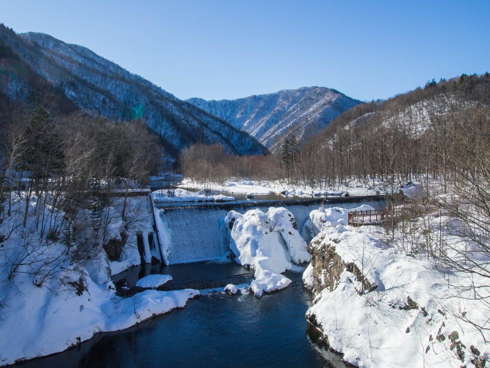 """厳冬期・・""""日高山脈の朝焼け""""と""""凍てつくピョウタンの滝""""_f0276498_11484981.jpg"""